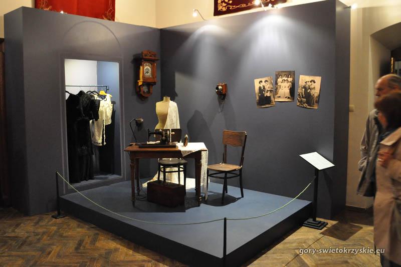 """""""Galerie de la Belle Époque"""" - wystawa secesyjnego rzemiosła artystycznego w Muzeum Narodowym w Kielcach"""