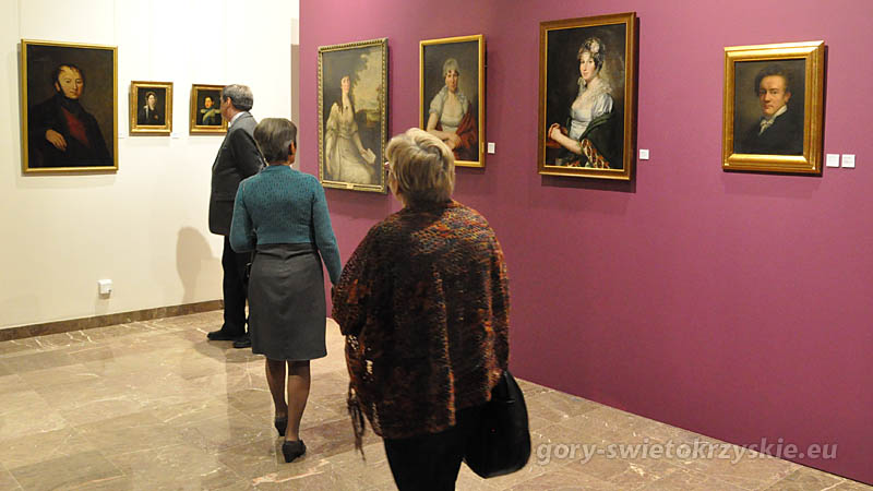 2014-03-18 wystawa portret zwierciadlo duszy w palacu biskupow krakowskich w kielcach